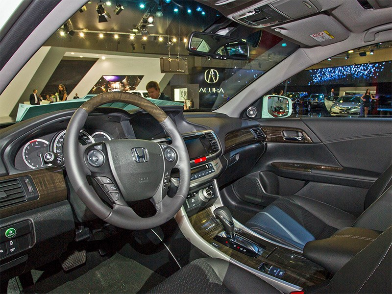 Honda Accord 2015 салон