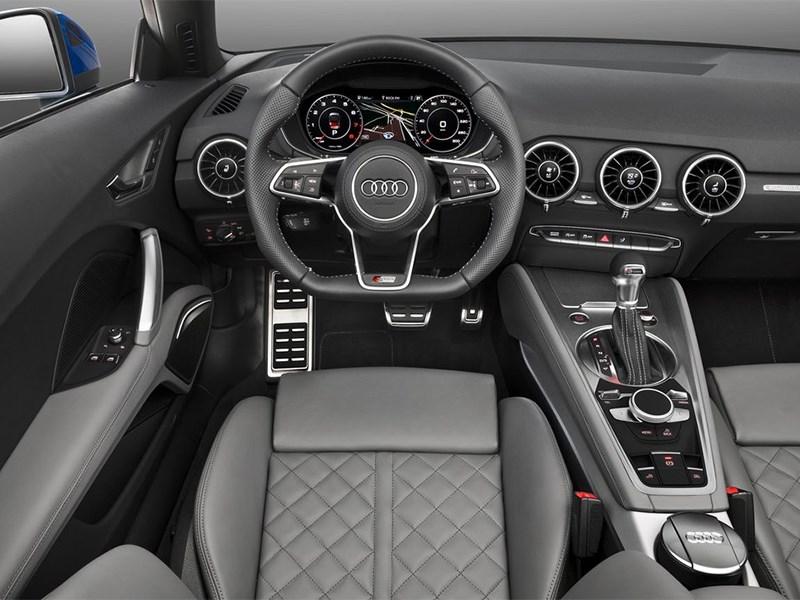 Audi TT Roadster 2015 водительское место