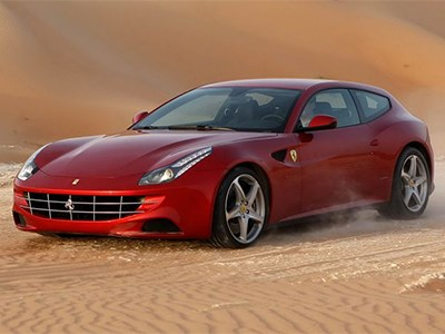 Новый спорткар Ferrari FF уже проходит испытания на дорогах Скандинавии