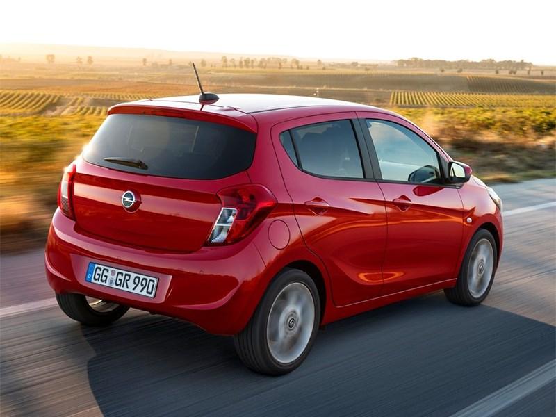 Opel Karl 2015 вид сзади