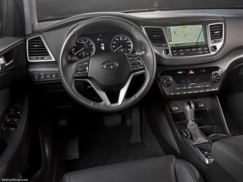Hyundai Tucson 2016 водительское место