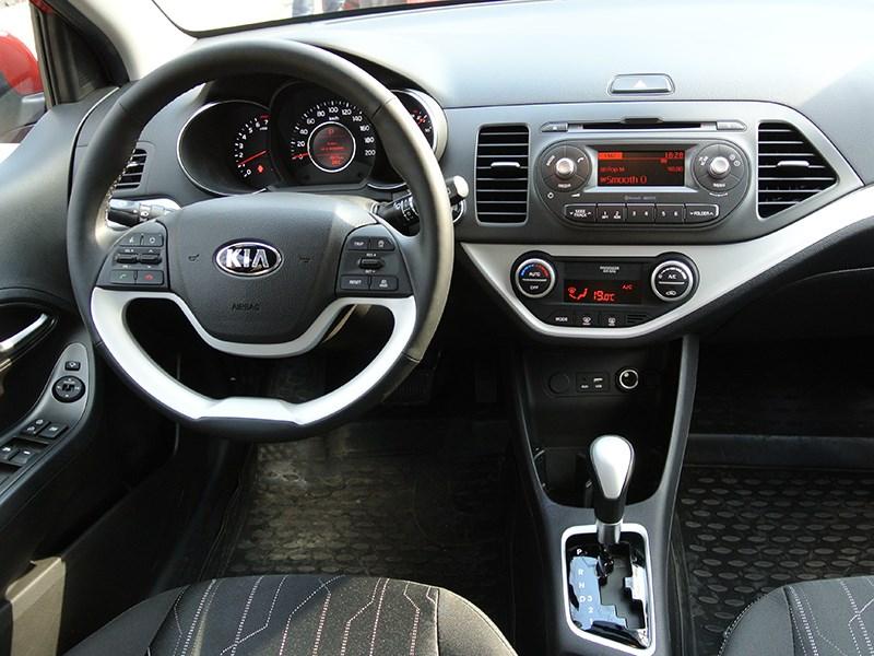 Kia Picanto 2015 водительское место