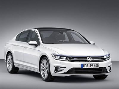 Сколько будет стоить новый гибридный Volkswagen Passat в России?
