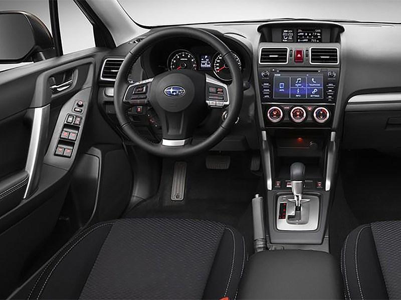 Subaru Forester 2015 водительское место