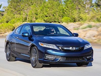 На американский рынок вышло обновленное купе Honda Accord