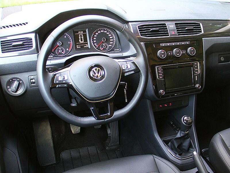 Volkswagen Caddy 2016 водительское место