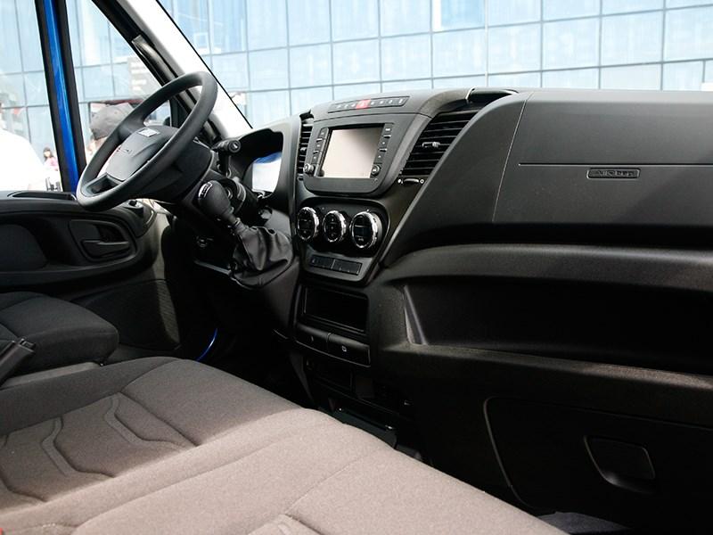 Iveco Daily 2015 водительское место