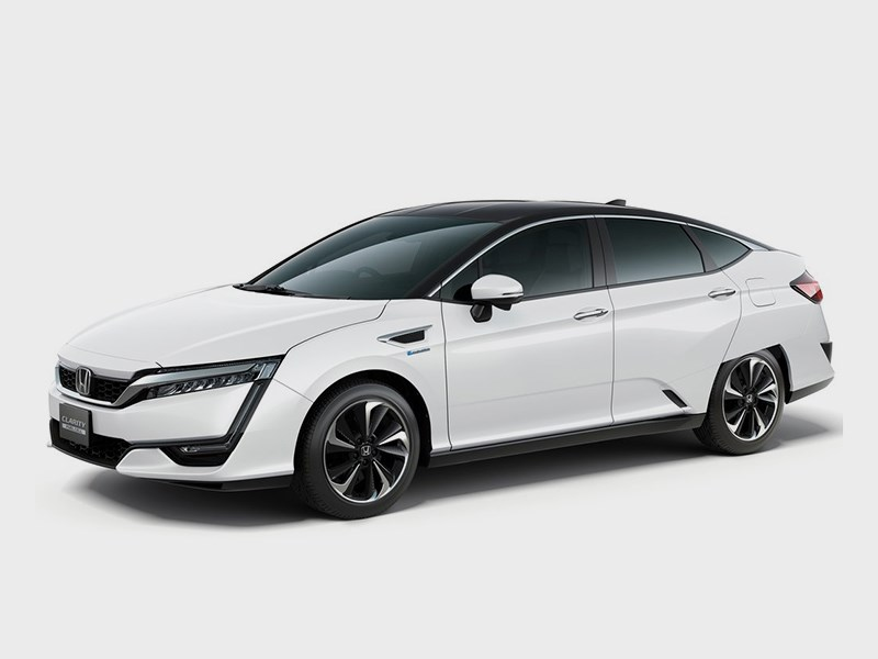 Honda Clarity Fuel Cell 2016 вид спереди сбоку