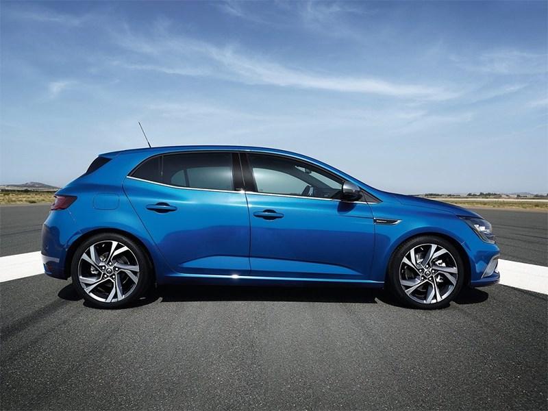 Renault Megane 2016 вид сбоку