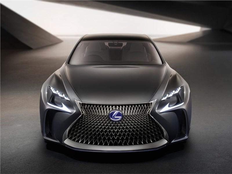 Lexus LF-FC 2015 вид спереди