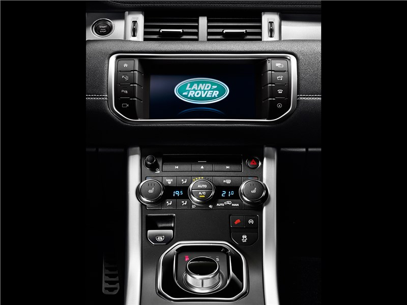 Land Rover Range Rover Evoque 2016 центральная консоль