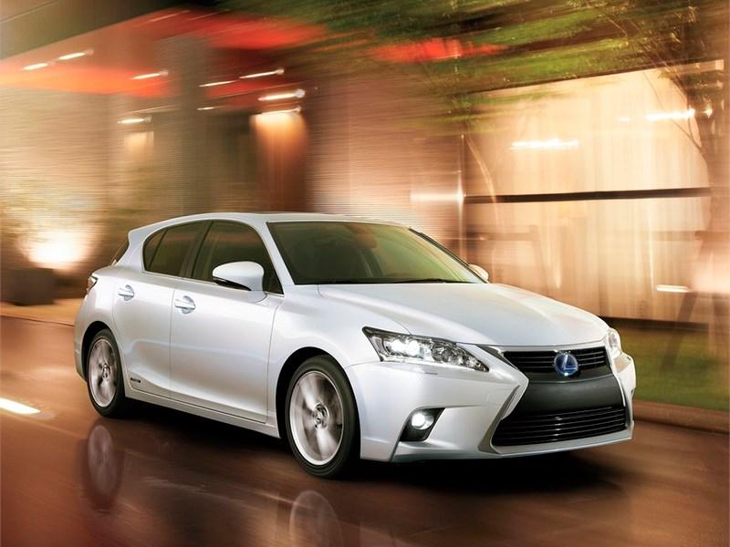 Lexus сокращает модельный ряд в России