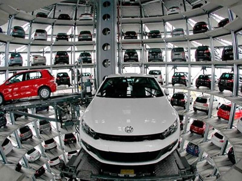 Volkswagen решил складировать автомобили на многоярусных паркингах