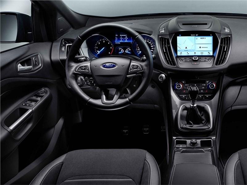 Ford Kuga 2017 водительское место