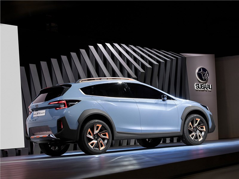 Subaru XV concept 2016 вид сбоку сзади