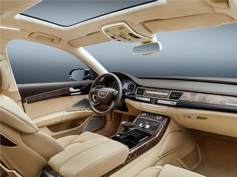 Audi A8 L Extended 2016 водительское место