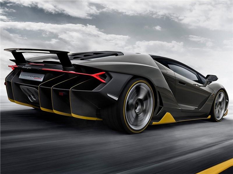 Lamborghini Centenario LP770-4 2017 вид сбоку сзади