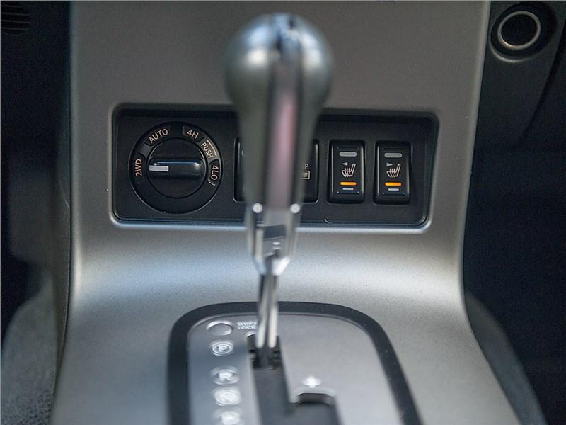 Nissan Pathfinder 2010 АКПП