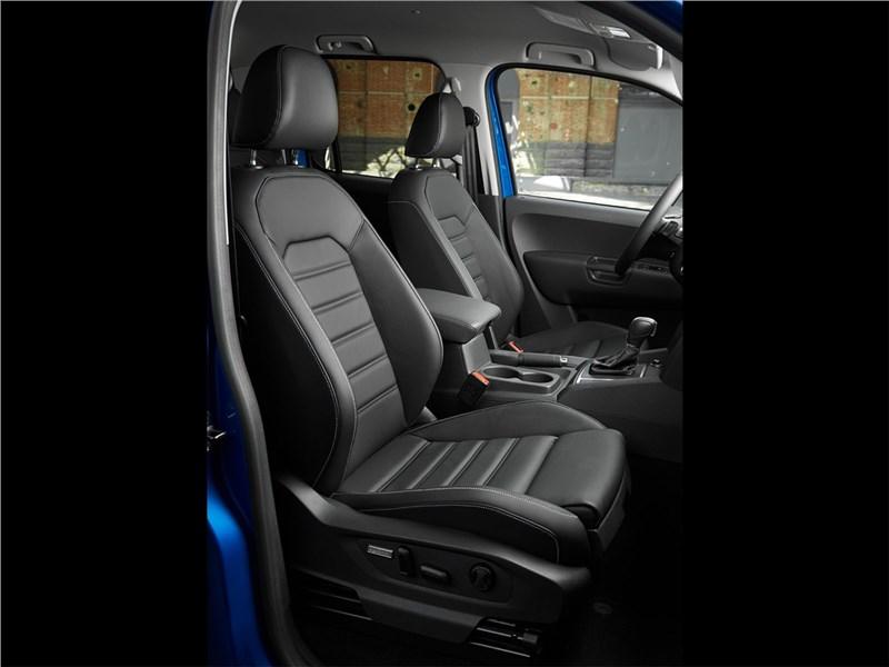 Volkswagen Amarok 2017 кресла