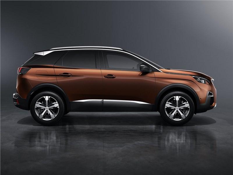 Peugeot 3008 2017 вид сбоку