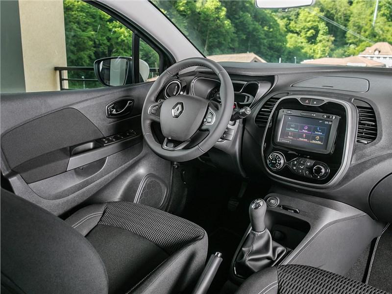 Renault Kaptur 2016 салон