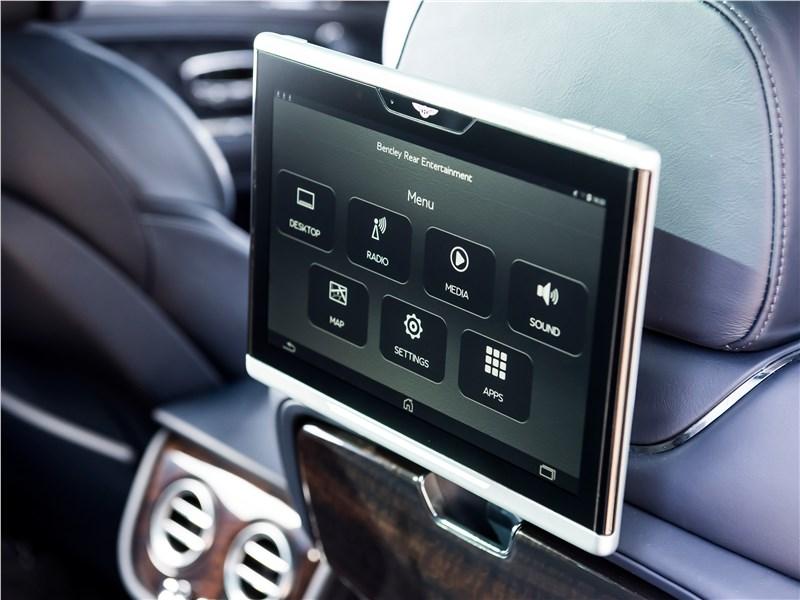 Bentley Bentayga 2016 компьютер для пассажиров