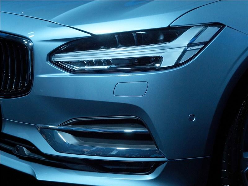 Volvo S90 2016 передний свет