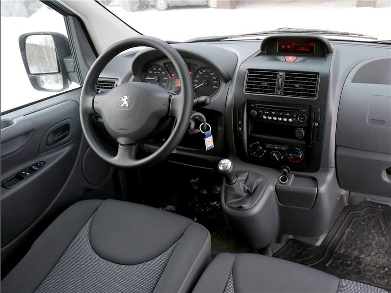 Peugeot Expert Profi Transformer 2014 салон