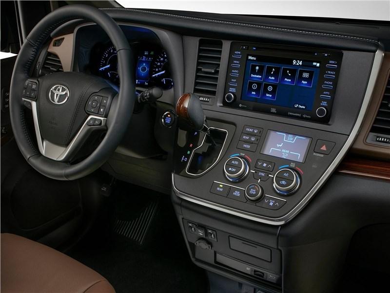 Toyota Sienna 2018 салон
