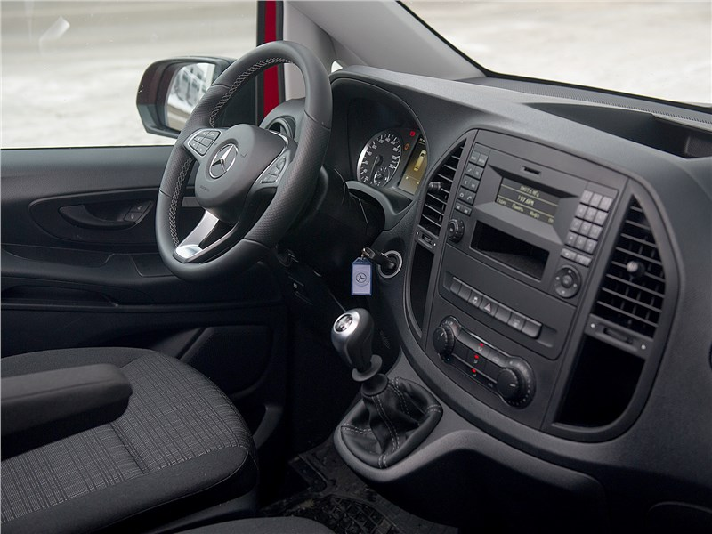 Mercedes-Benz Vito 2015 салон