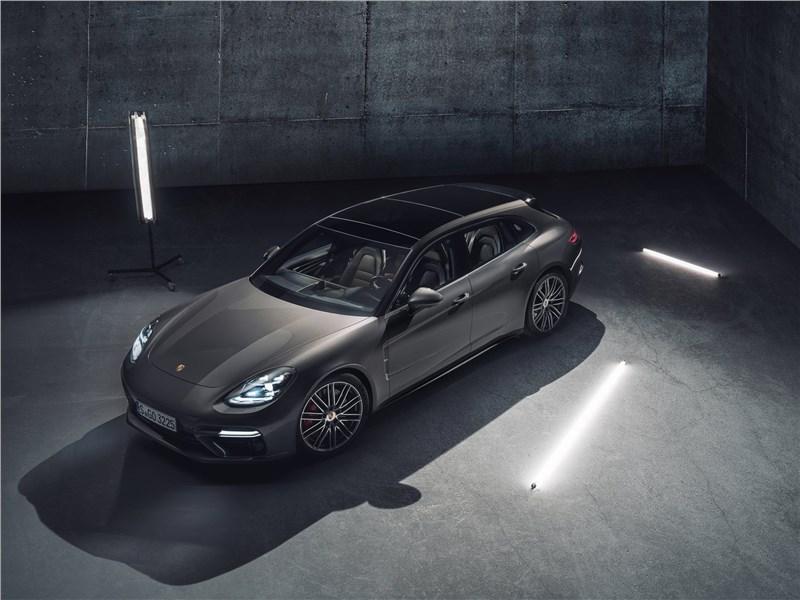 Porsche Panamera Sport Turismo 2018 вид сверху