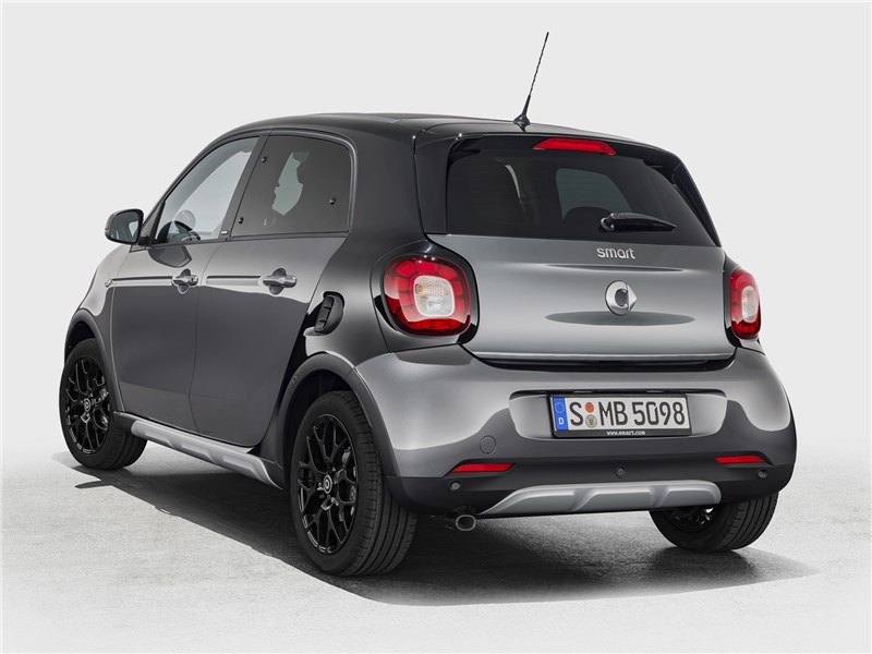 smart forfour Crosstown 2018 вид сзади