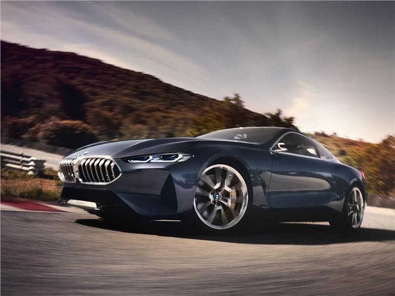BMW 8-Series Concept 2017 вид спереди сбоку