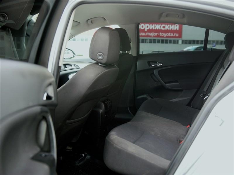 Opel Insignia 2009 задний диван