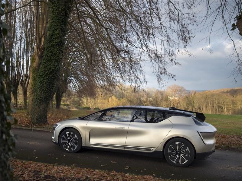 Renault Symbioz Concept 2017 вид сбоку