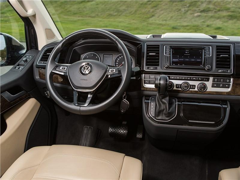 Volkswagen Multivan Highline салон