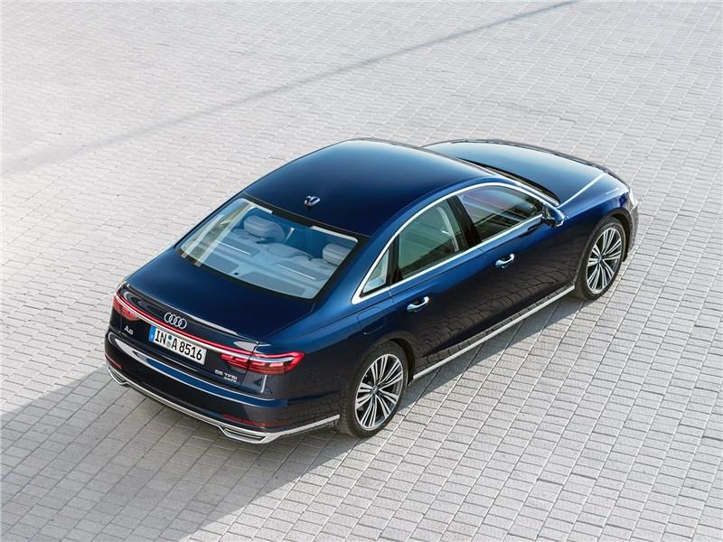 Audi A8 2018 вид сверху