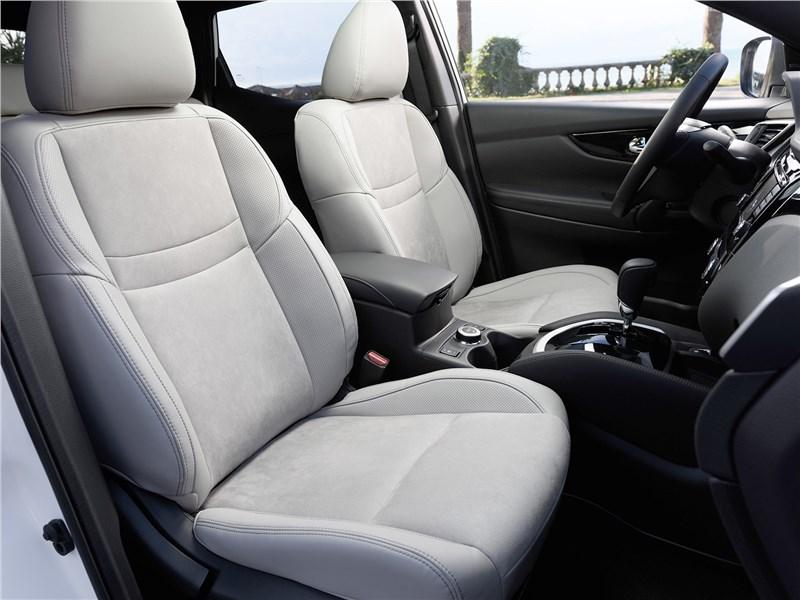 Nissan Qashqai 2014 интерьер