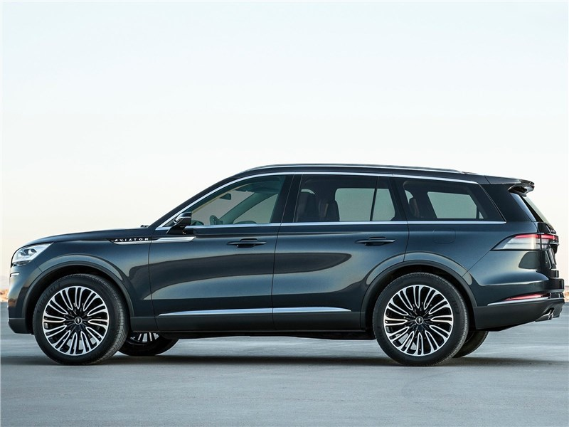Lincoln Aviator Concept 2018 вид сбоку