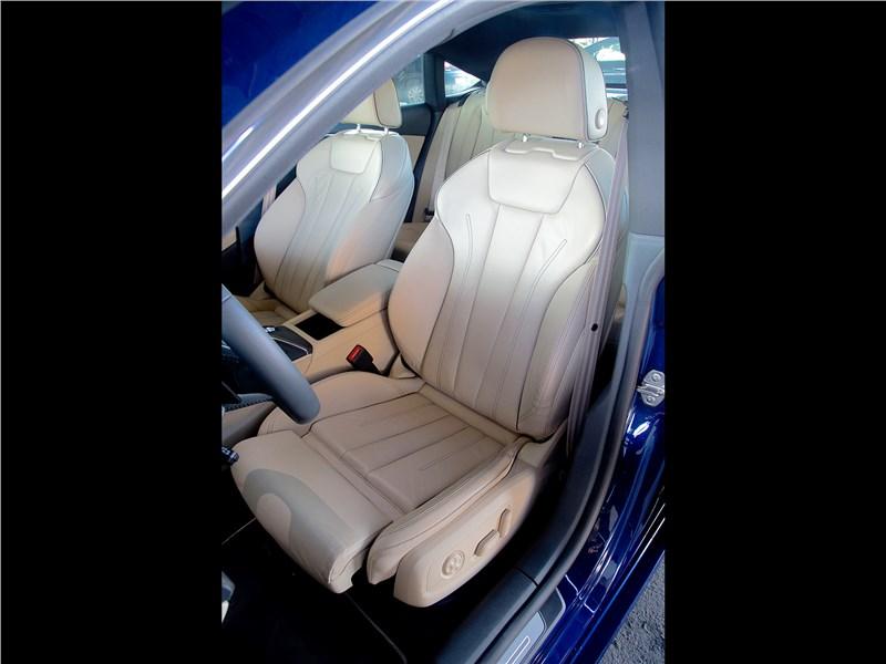 Audi A5 Sportback 2017 передние кресла