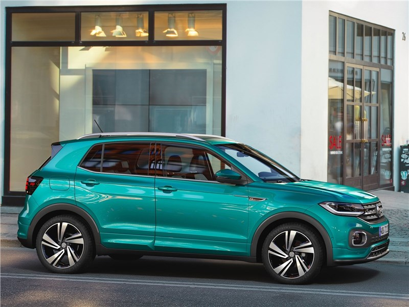 Volkswagen T-Cross 2019 вид сбоку