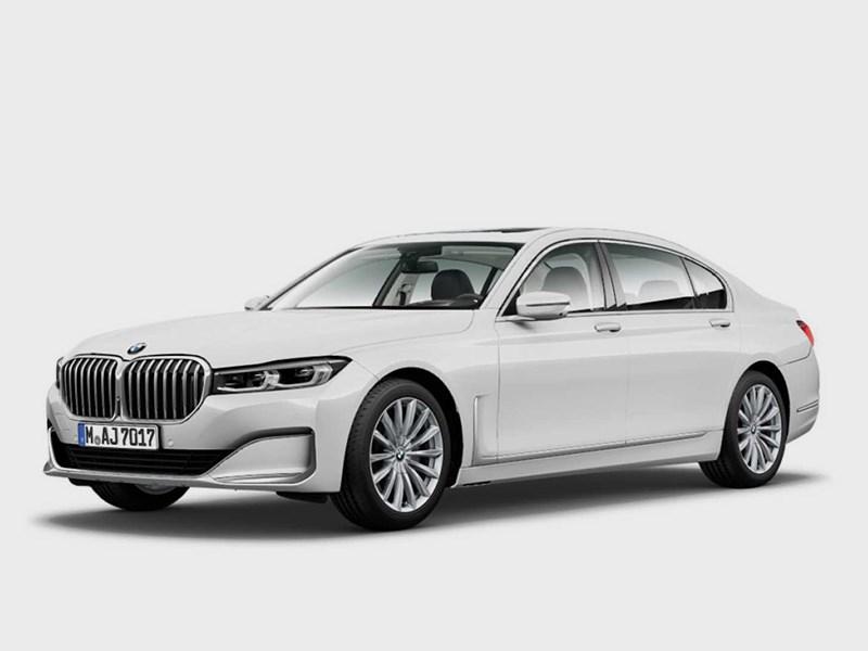 Внешность «семерки» BMW раскрыли до премьеры
