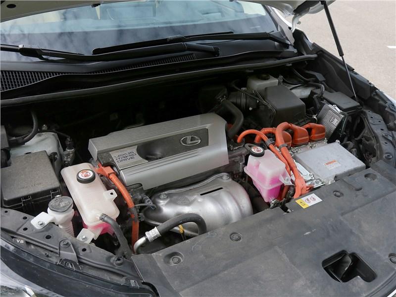 Lexus NX 2018 NX 300H двигатель