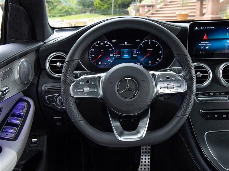Mercedes-Benz GLC 2020 салон