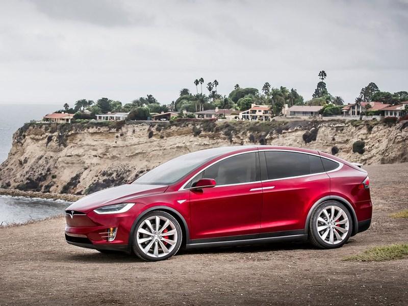 Tesla не планирует обновлять Model S и X привычным способом Фото Авто Коломна