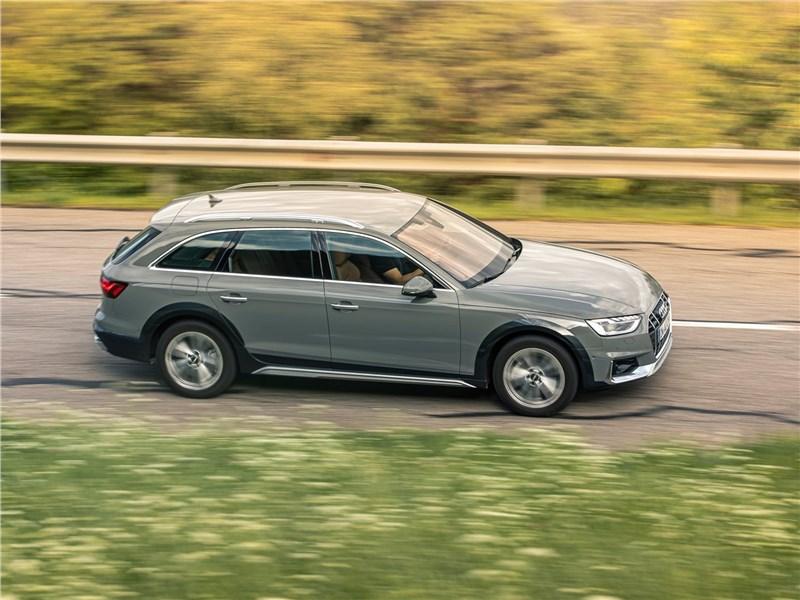 Audi A4 allroad quattro 2020 вид сбоку сверху