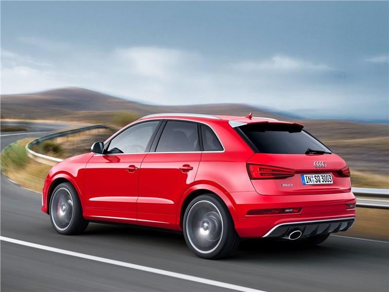 Audi RS Q3 2015 вид сзади