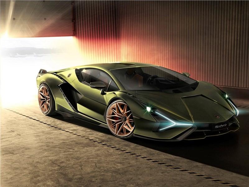 Lamborghini Sian 2020 вид спереди