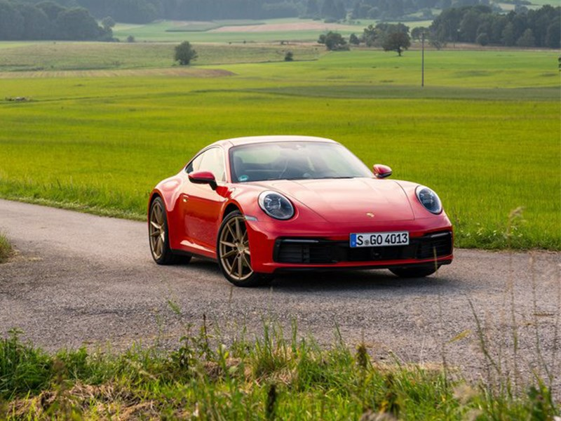 Porsche 911 Carrera обновился