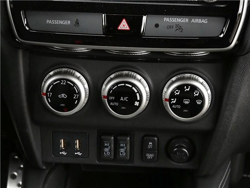 Mitsubishi ASX 2020 управление климатом